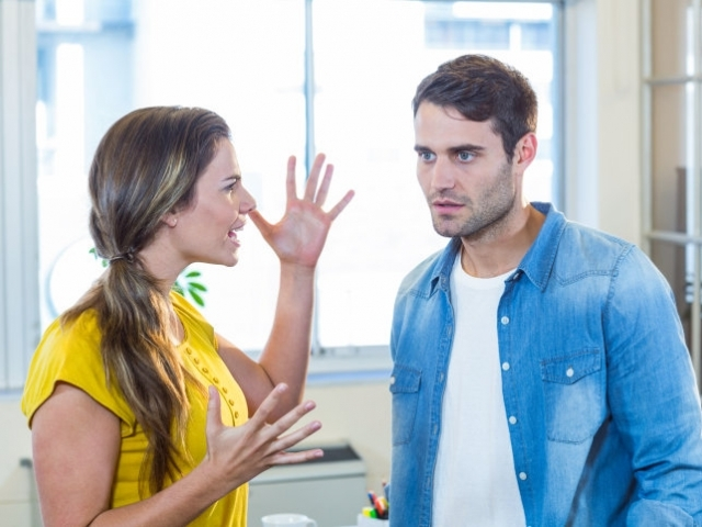 Vad är våld i nära relationer?